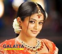 Charulatha in Tamil!