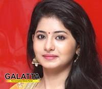 Reshmi Menon's next is Bayama Irukku