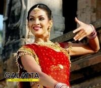 Rukmani replaces Sneha in Rajni's Kochaidayaan?