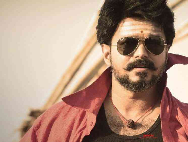 Comali fame Pradeep Ranganathan denies directing Thalapathy 65 - Tamil Movie Cinema News