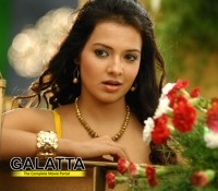 Saloni gets busy in Tollywood again!
