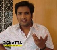 CSK cricketer Badrinath meets Goundamani - Movie Cinema News