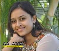 Sri Divya replaces Priya Anand!
