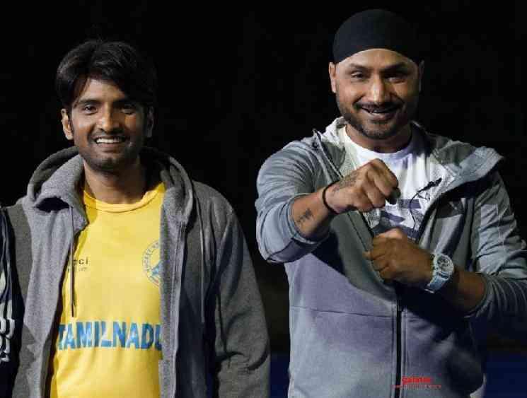 Harbhajan Singh to play the antagonist in Santhanam Dikkiloona - Tamil Movie Cinema News