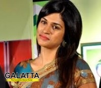 Director YVS goes ga-ga over Shraddha Das!