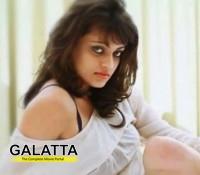 Sneha Ullal signs heroine centric film
