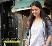 Katie - naturally beautiful!