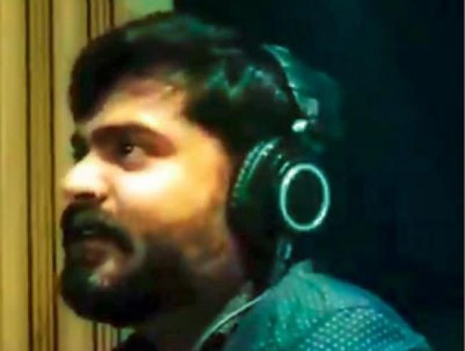 Watch the new video from Simbu movie Vantha Rajavathaan Varven