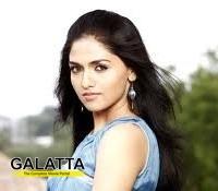 sunaina turns 24 - Tamil Movie Cinema News