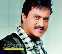 Sunil to romance two heroines in his next