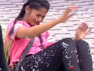 Losliya gets injured - viral Bigg Boss promo