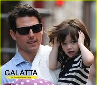 Tom trys to woo Suri by buying her expensive gifts!