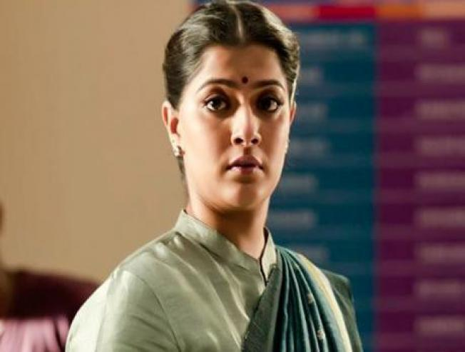 Varalaxmi Sarathkumar Speaks About Entering politics