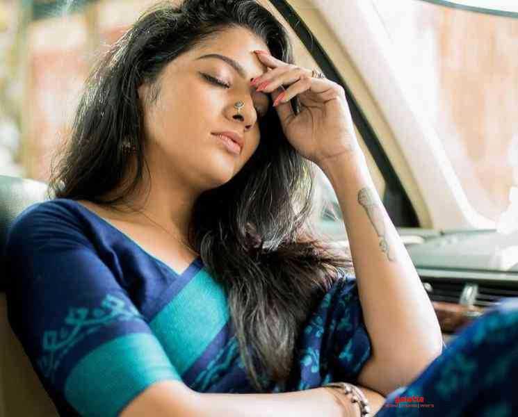 மாப்பிள்ளை பார்த்துட்டு இருக்காங்க... போட்டுடைத்த சித்ரா VJ !- Tamil Movies News
