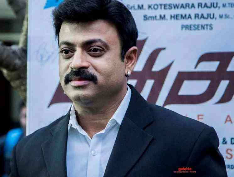 Riyaz Khan attacked by a person for advising social distancing - Tamil Movie Cinema News