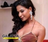 Veena Malik's ex-boyfriend behind the anti-India threat?