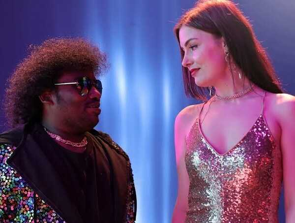 Yogi Babu's New Video Songs From Gurkha!