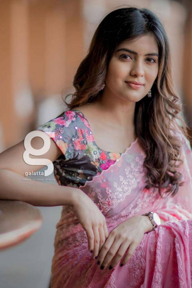 Amritha Aiyer - Tamil Photoshoot Stills Images