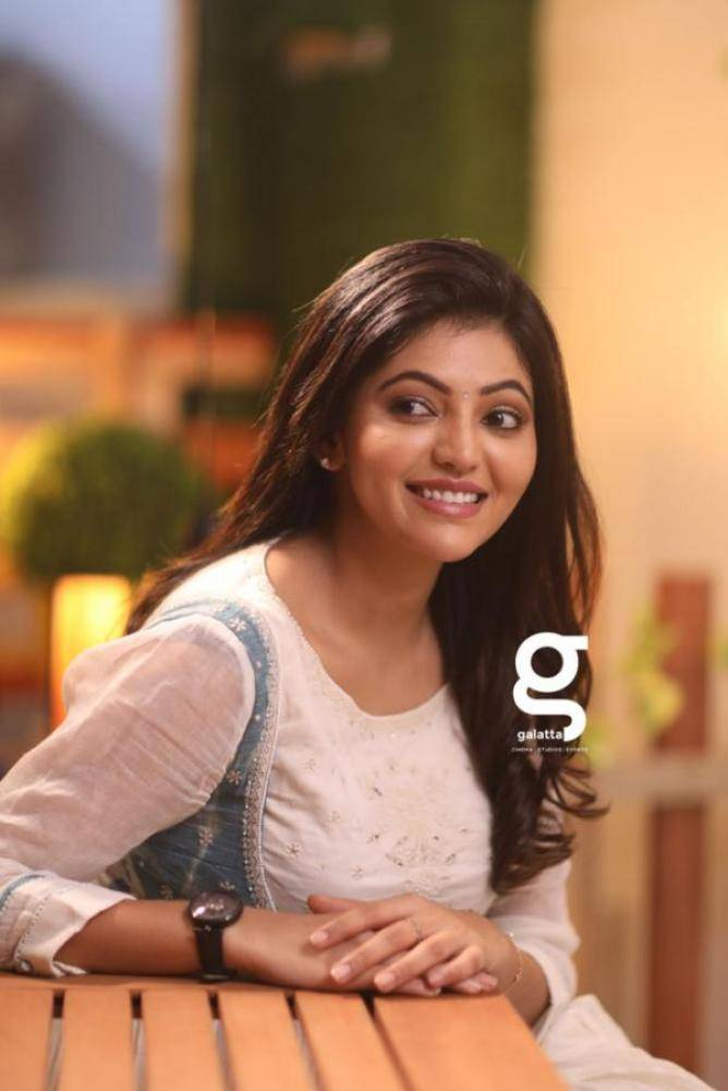 Athulya Ravi - Tamil Photoshoot Stills Images