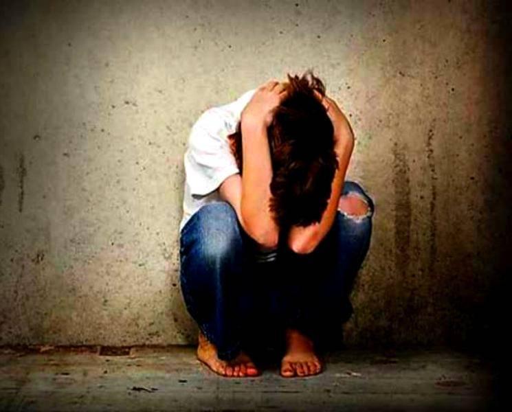 16 வயது சிறுவனை 16 பேர் சேர்ந்து பலாத்காரம் செய்த கொடுமை! - Tamil Cinema News