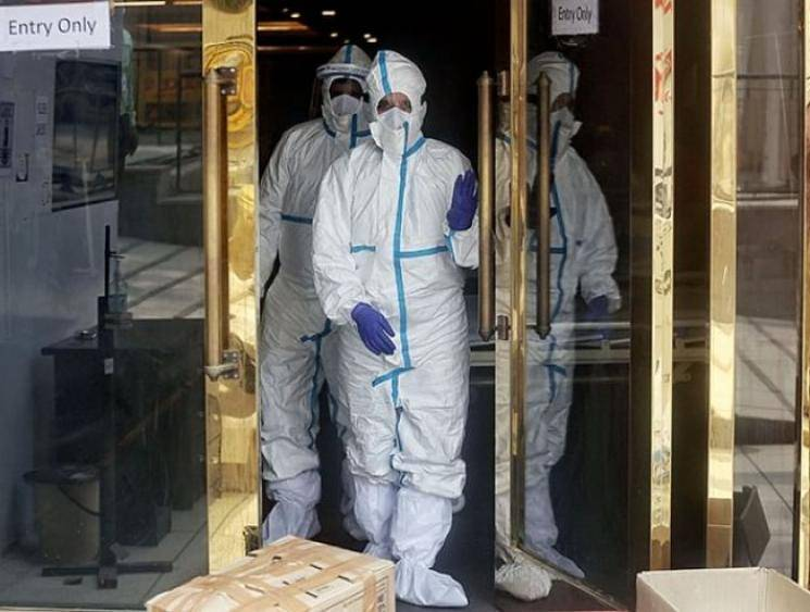 Thieves rob jewellery store in Maharashtra wearing PPE suits