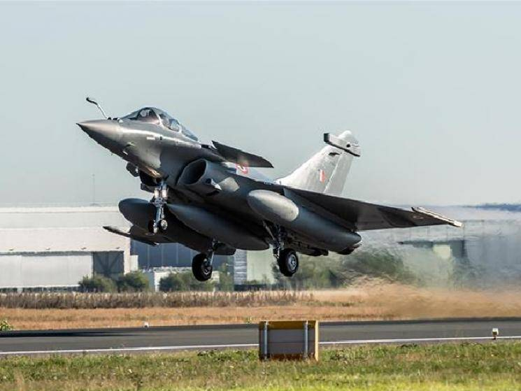 Pakistan worried that India getting Rafale jets will lead to arms race!