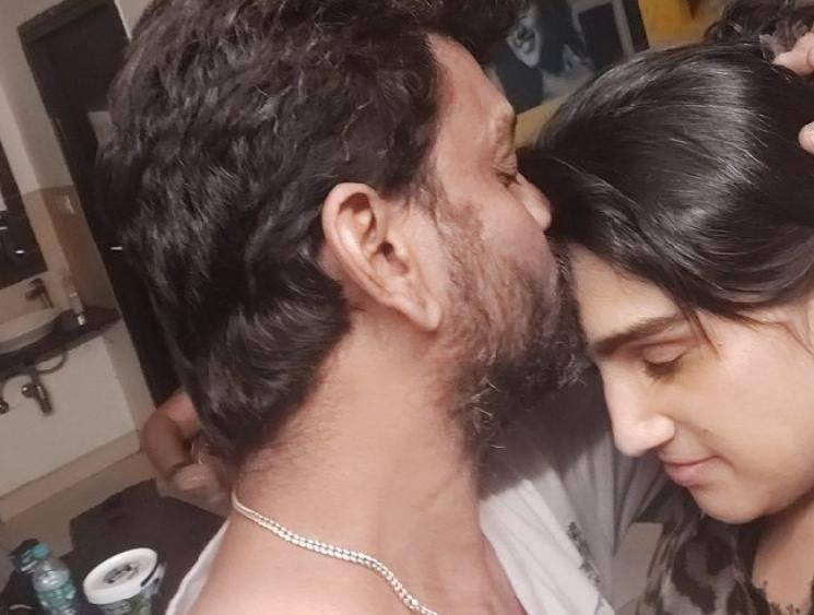 Vanitha Vijayakumar's latest kissing picture with her husband goes viral! Check Out!