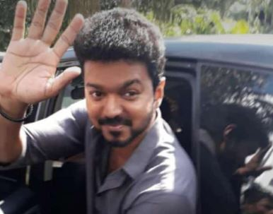 This Is What Vijay Did At Thalapathy 63 Shooting Spot Today - Viral Video!